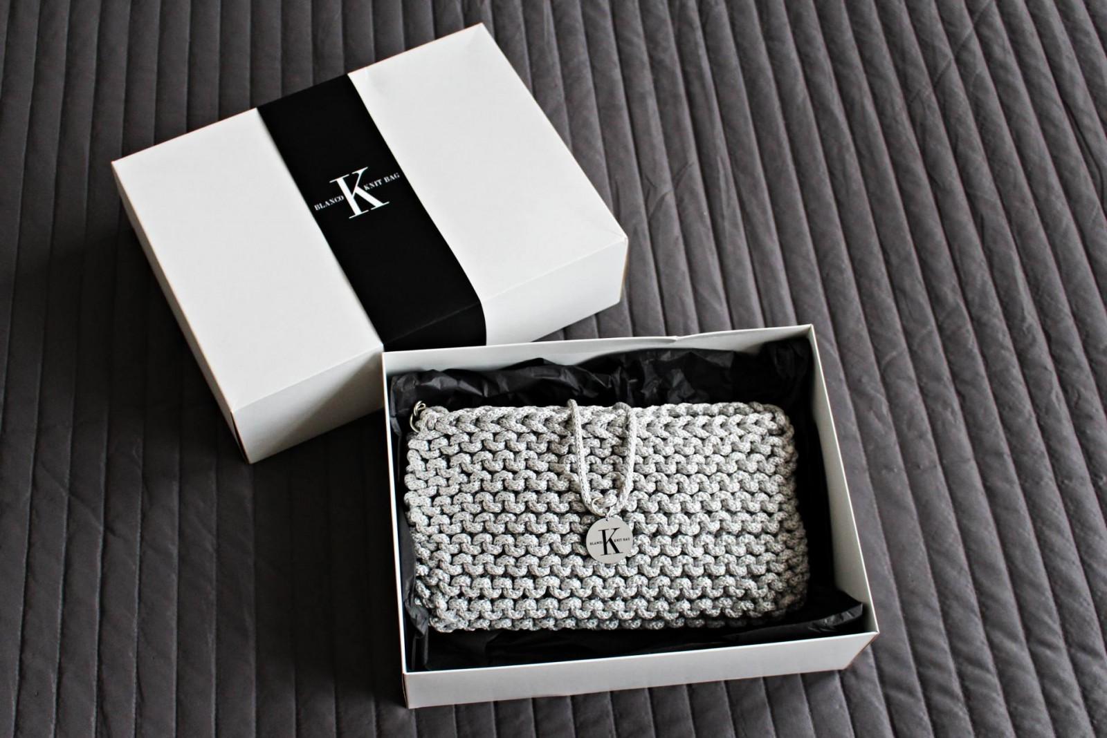 New in: Karikartel Blanco Knit Bag
